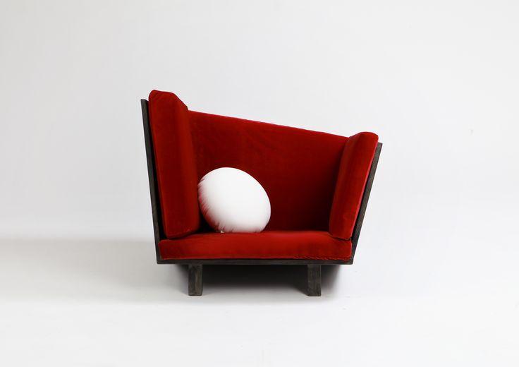 틀을 벗은 비대칭 속의 편안함 #Asymmetric_Chair #HwanHeeLee #상명대학교 #산업디자인 #제품디자인 #가구디자인 #졸업전시회 #졸전 #플럭서스 #변화 #흐름 #컨셉 #가구 #의자 #소파 #작업 #furniture #fluxus #flow #flux #concept #design #sofa #chair #industrial #product #image #2016 #13th #degreeshow
