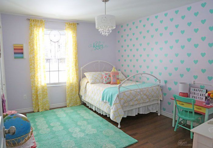 Girls bedroom Decor with vinyl aqua hearts and bold color accents