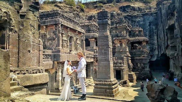 Cave 16 In Ellora, India This Creative Couple Got Married In 38 Different Places Around The World • Page 3 of 6 • BoredBug