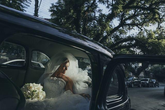 Noiva | Vestido de Noiva | Wedding Dress | Noiva Clássica | Classic Wedding | White Dress | Bride | Wedding | Casamento | Antes da cerimõnia | Inesquecível Casamento
