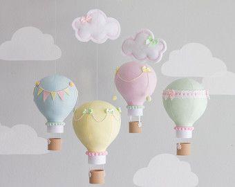 Aire caliente globo bebé móvil Blush rosa y oro guardería