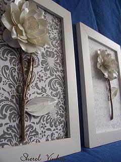 madeira de demolição e flores de garrafa pet