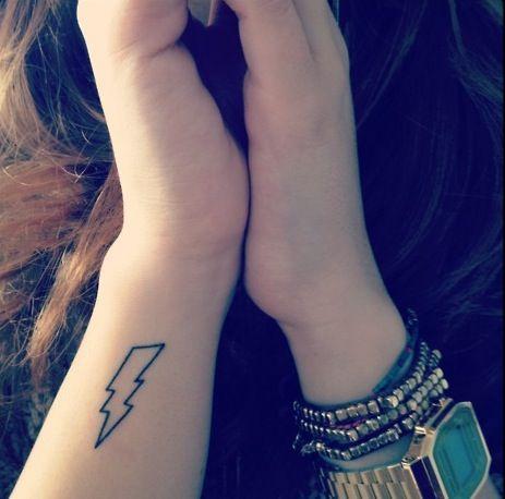 lightning_bolt_tattoo