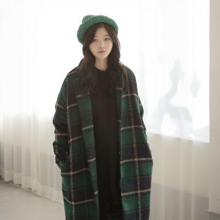Womens Clothing Store [VANILLAMINT] Soft muffler / Size : FREE / Price : 18.56 USD #dailyllook #dailyfashion #fashionitem #ootd #vanillamint #coat #大衣 #コート