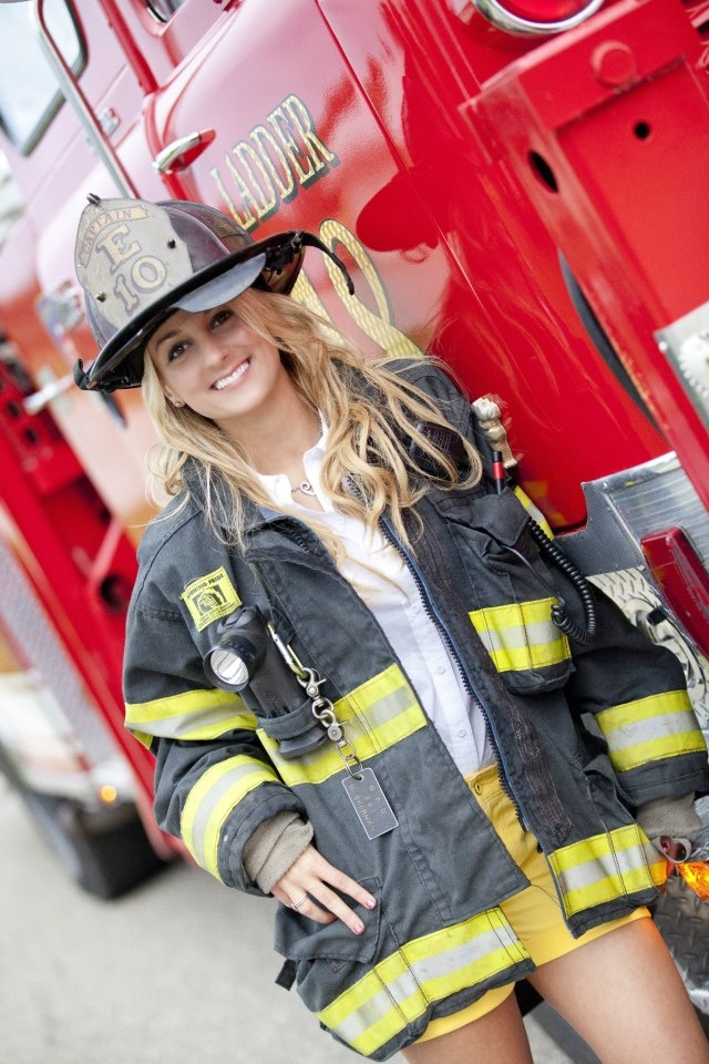 firefighter girlfriend. I want a picture like this :)
