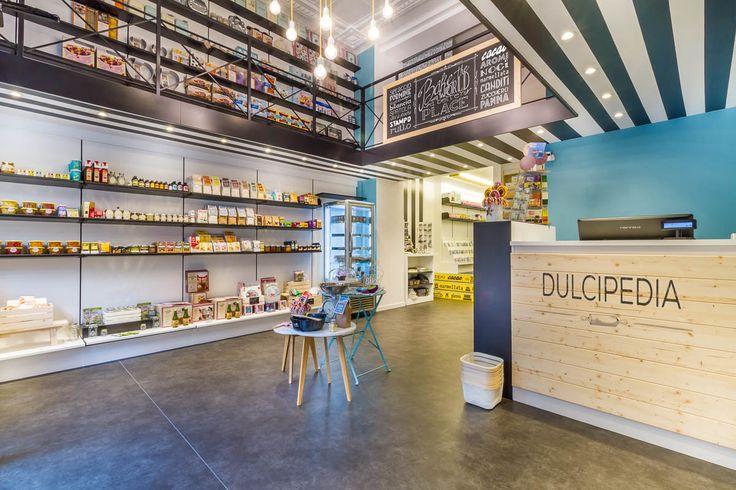 Il negozio in via Settembrini 11 a Milano