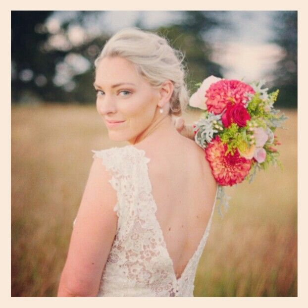 Beautiful bride #weddingseason #blonde #bridal #curls #hair #styledbymia
