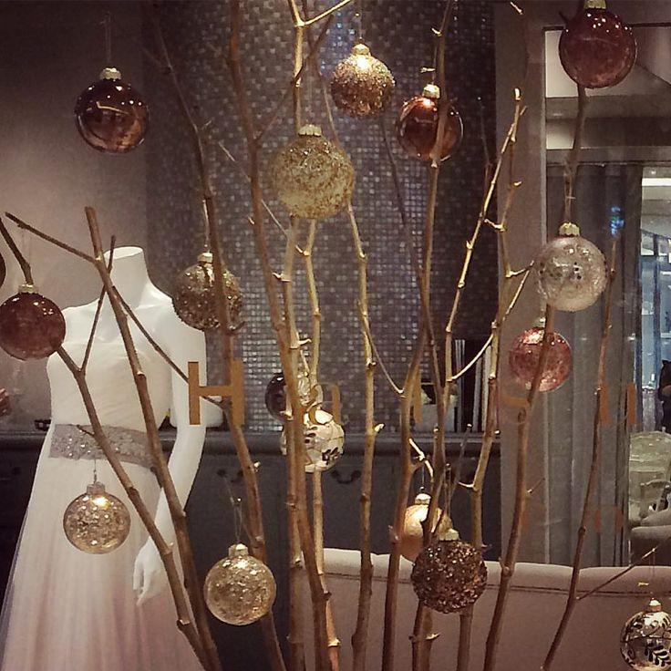 完成 @palacehoteltokyo B1です。 #クリスマスツリー#クリスマス#オーナメント#christmas#christmastree#beautiful#instadaily#tokyo#japan#palacehoteltokyo#パレスホテル#パレスホテル東京#ウェディング#ウェディングドレス#花嫁#プレ花嫁#ハツコエンドウ#hatsukoendo#