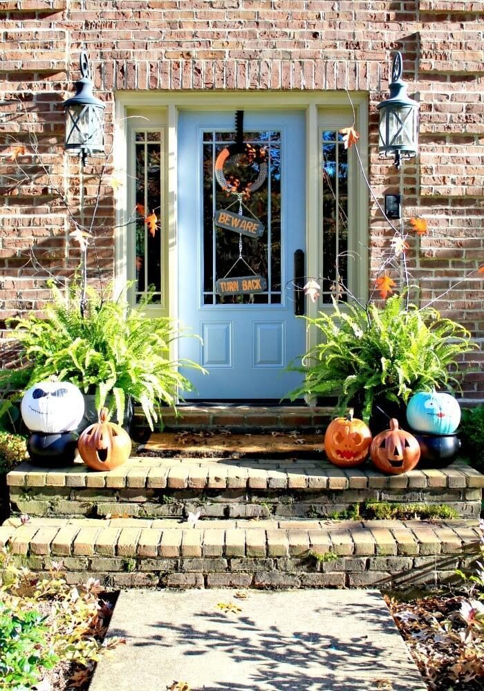 22 Spooky Halloween Entrance Ideas You Can Try (2018) Do It