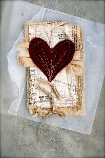 Online workshop now open. Stitched mixed Media with ruth rae.