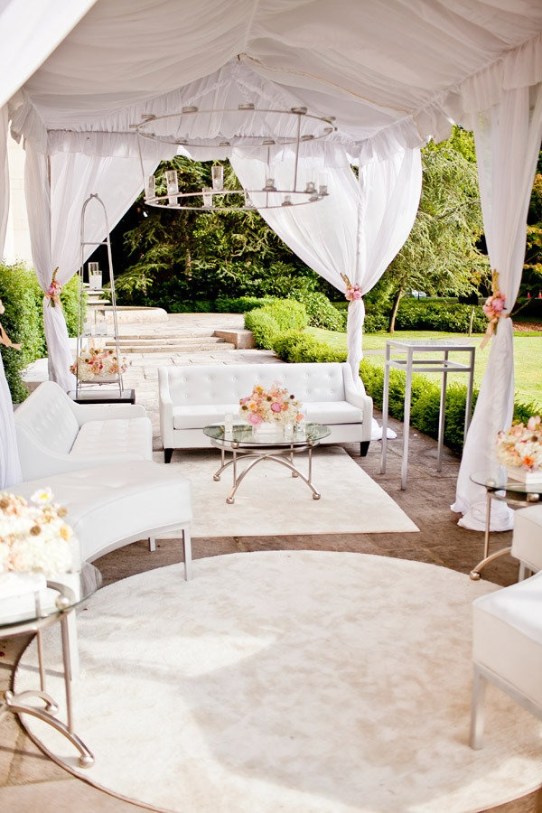 I'm thinking something like this for the outdoor area of the cocktail reception.
