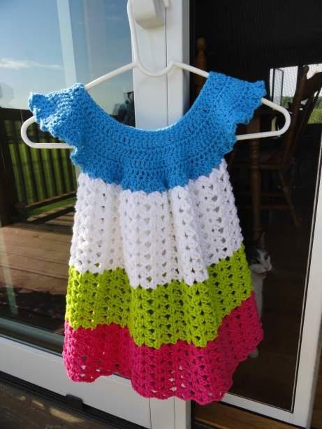 Cute little stripey dress.