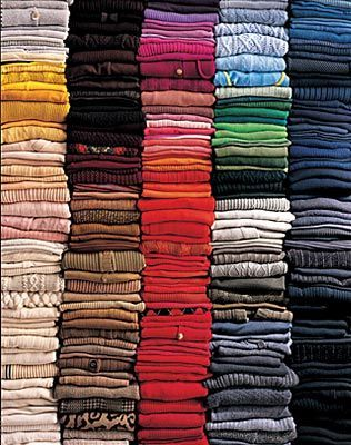 Organizing Closets By Clothing Cers