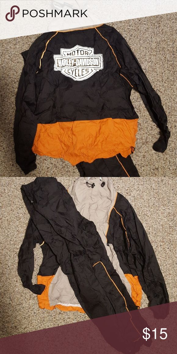 Womens Motorcycle Rain suit Nice, good shape, suit rolls up into hood Harley-Davidson Other