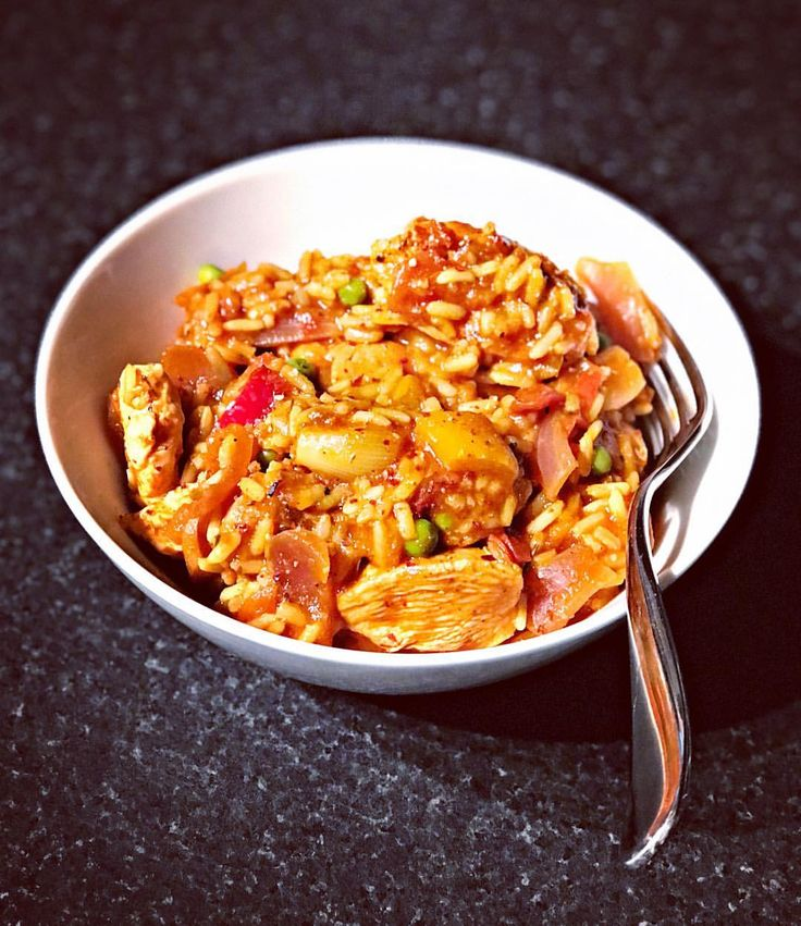 best 25 chicken paella ideas on pinterest paella seafood paella recipe and spanish seafood. Black Bedroom Furniture Sets. Home Design Ideas