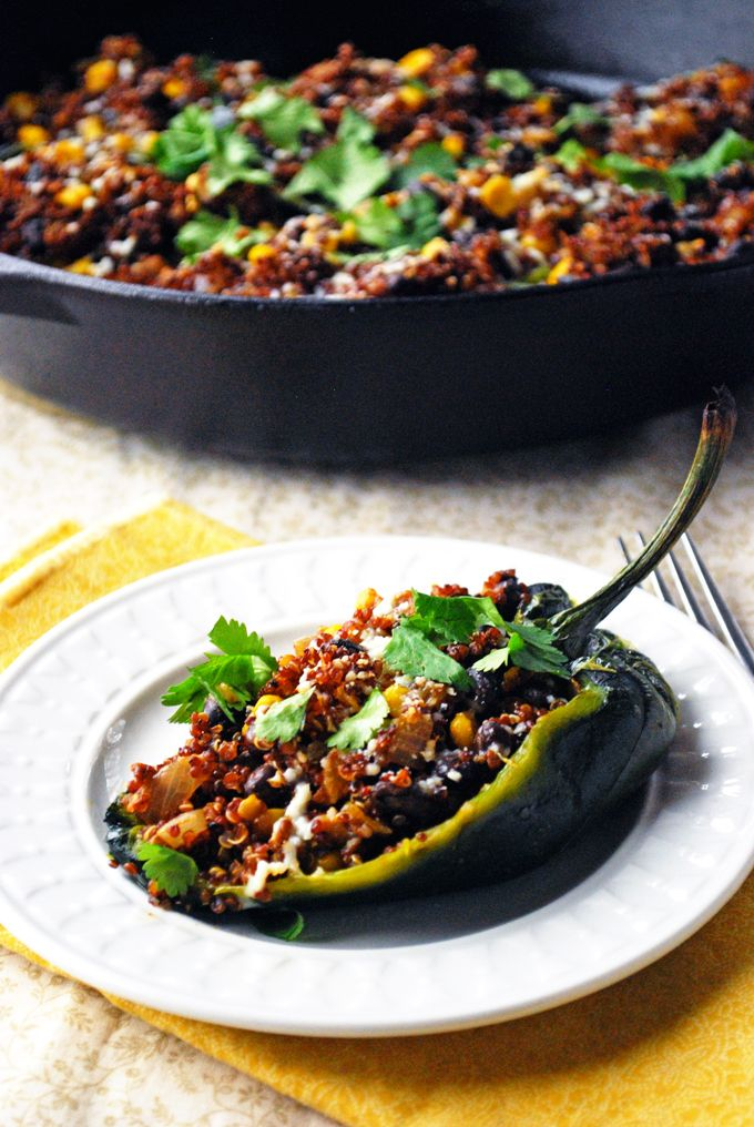 Quinoa Stuffed Poblano Peppers - Only 250 calories for two pepper halves! // The Live-In Kitchen