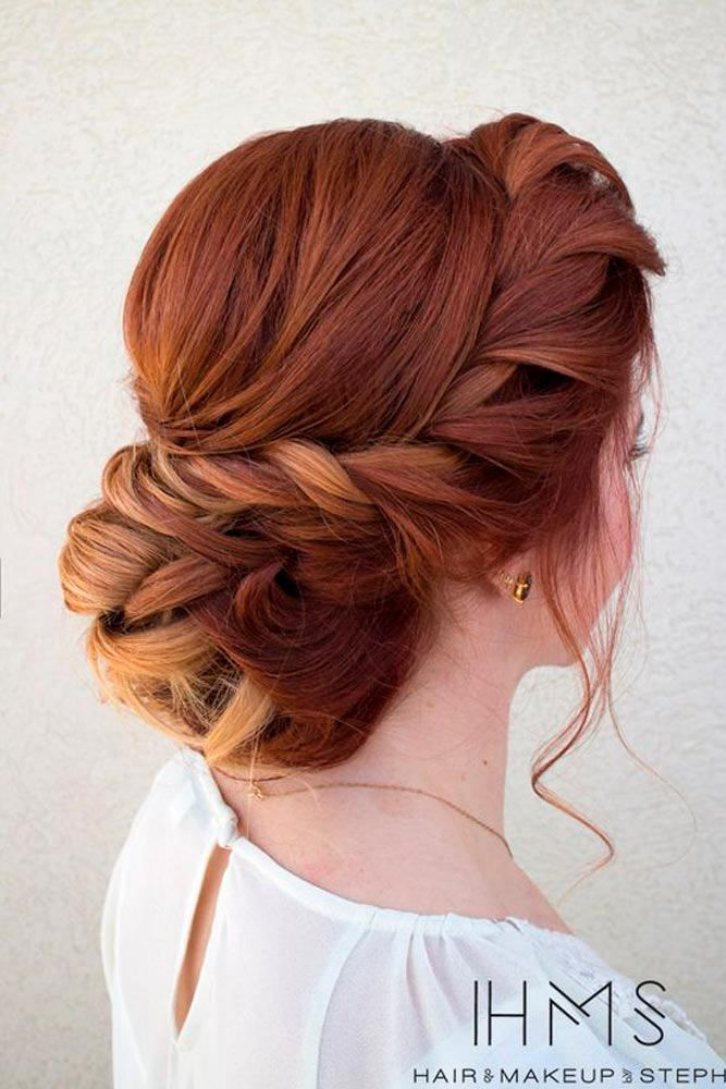 See our great hair updos for the Christmas or New Year's Eve party.