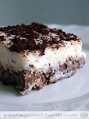 Bisküvili Kolay Pasta tarifi