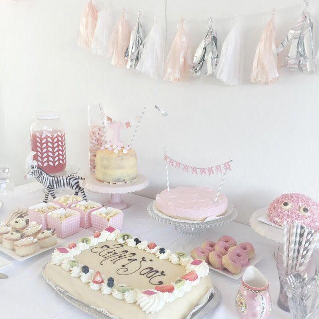 25 beste idee n over eerste verjaardag meisjes op pinterest de eerste meidenverjaardag baby - Idee deco slaapkamer jongen jaar ...