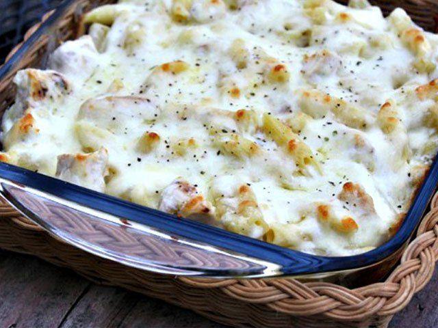 Rakott csirke a sütőből – mennyei fokhagymás és nagyon sajtos!! Képtelenség túl sokat készíteni belőle!