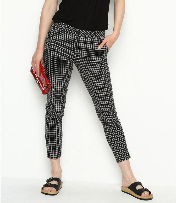 Fusion Siyah Pantolon 29,90 TL Beden: 38,40,42 Renk: Siyah http://www.bumarkamoda.com/211050-fusion-siyah-pantolon.html