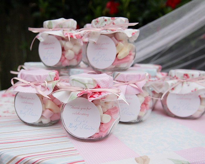 Super pretty favours, could use mini preserving jars to make them look 'older' and maybe more traditional sweets