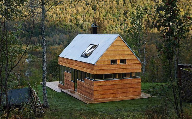 Cabin, Lyngsalpene in Tromsø kommune. Architects: Hamran/Johansen Arkitekter AS.