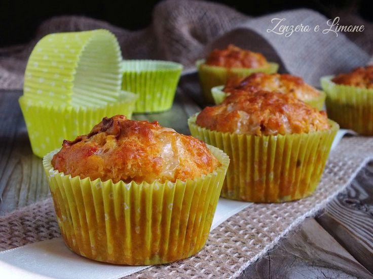 Questi muffins sono appetitosissimi....a base di pomodori secchi e formaggio! Ottimi per un buffet, una merenda, uno snack!