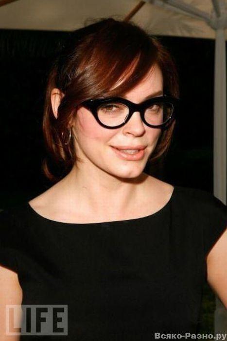 Celebrity glasses (24).jpeg (467×700)