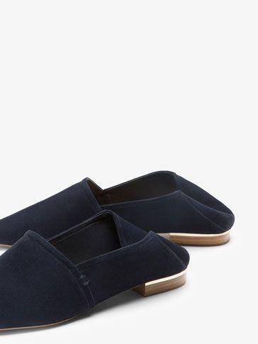 SLIPPER BABUCHA PIEL ANTE AZUL MARINO de MUJER - Zapatos - Zapato plano de Massimo Dutti de Primavera Verano 2017 por 69.95. ¡Elegancia natural!