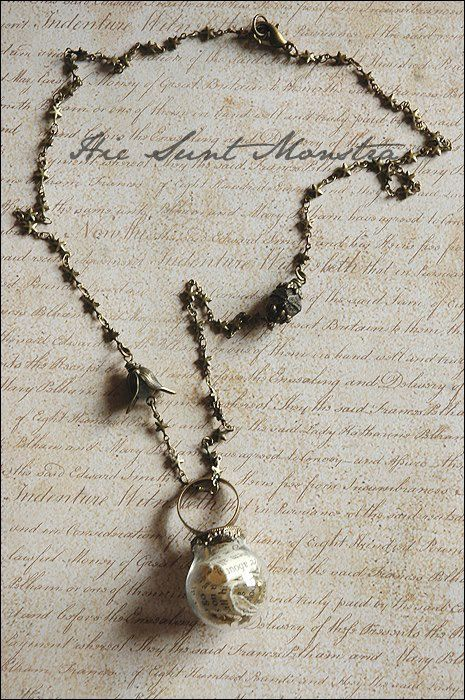 Stars Tonight - collana anello con ampolla in vetro, pagine di libro e stelline dorate. : Collane di hic-sunt-monstra