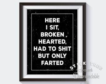 Hier afdrukken zitten Broken Hearted, grappige badkamer, grappige badkamer kunst, grappige badkamer tekenen, badkamer muur kunst citaten, badkamer inrichting
