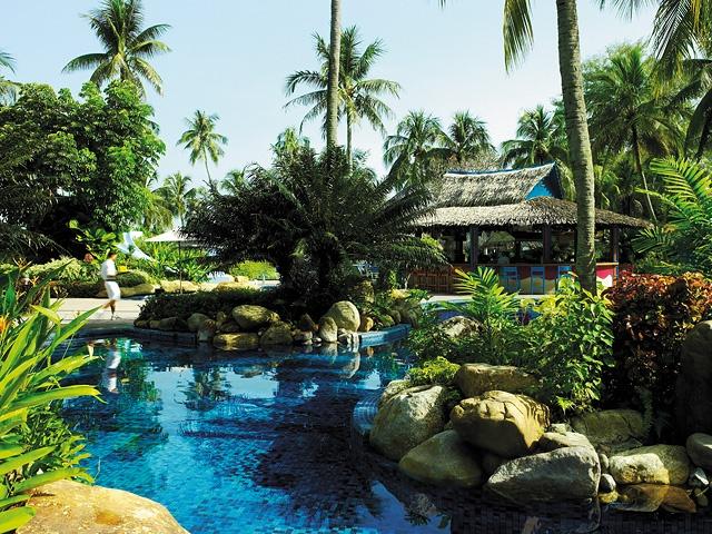 Shangri-La's Rasa Ria Resort, Kota Kinabalu - Swimming Pool