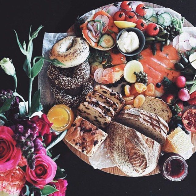 Where did weekend go?  This beautiful pic by @the_grazing_table is making us look forward to next weekend already!