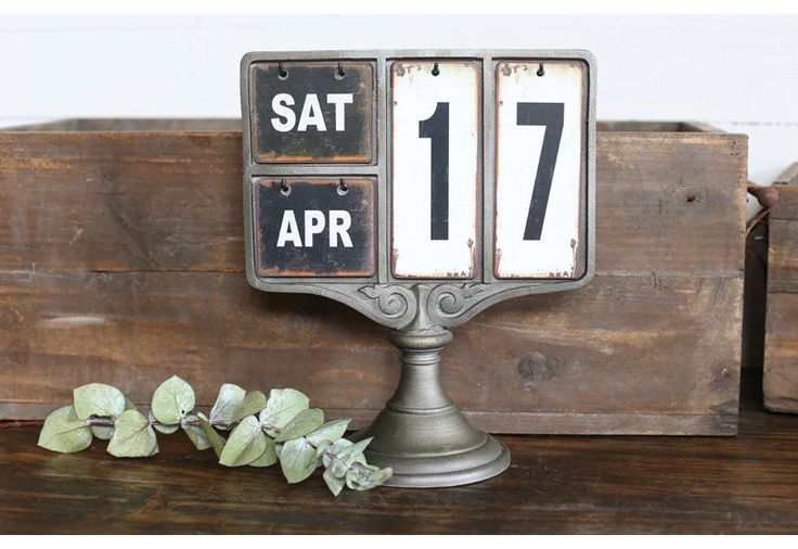 Metal Tag Calendar, Industrial Calendar, Decorative Table Calendar