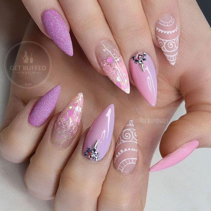 @getbuffednails the Girly go-to Inspired by myself  @gfa_australia gel polish M08/M06  @glitter_heaven_australia strawberry smoothie @kiaraskynails fairytale romance change colour on the pinkies