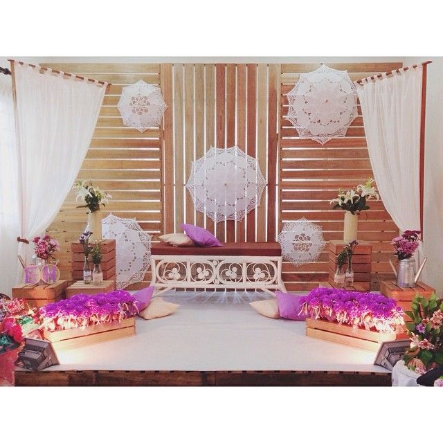 wedding, pelamin, wedding dais, dais, diy, pallet, rustic wedding, malaysia, malay wedding, ombre, paper flower, giant paper flower, rustic, kahwin, tunang, engagement, lace umbrella, wedding parasol, parasol, lace parasol