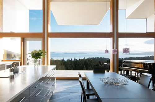 To achieve more natural lighting, Euro Series Windows by Westeck commercial windows can accommodate large span glass for maximum viewing area.