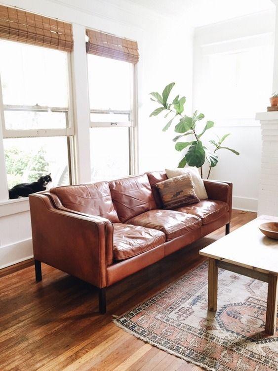 Renleigh 86 Leather sofa