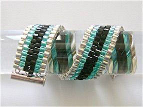 six-stripe-peyote-stitch-bracelet