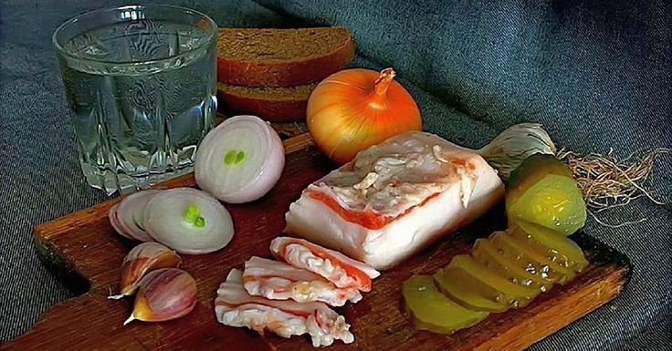 Очень вкусный рецепт свиного сала в тузлуке с чесноком