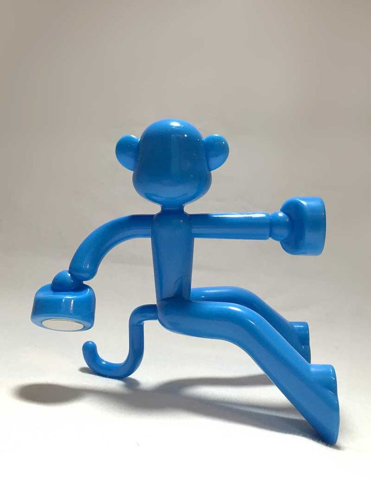 Daiso Japan – Monkey Magnet  How else to hold small metallic items than with a blue monkey? This magnetic key holder shaped in a climbing monkey can be mounted on any magnetic surface.