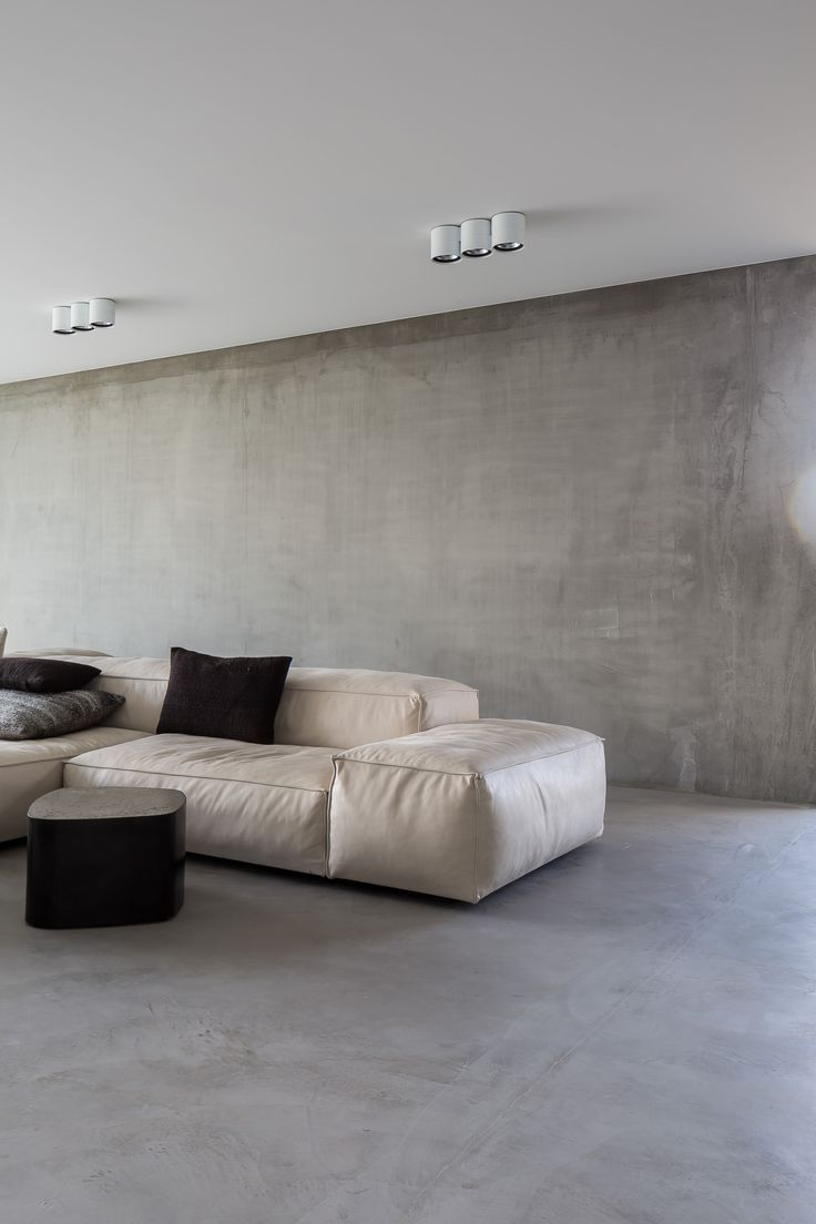 Extrasoft seating system by piero lissoni for living for Minimalist wall