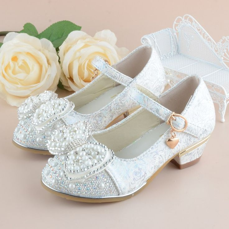 Girls Princess Shoes 2017 New Spring Printing Leather Children Wedding Sandals High Heels Bowknot Dancing Kids dress Shoes     Tag a friend who would love this!     FREE Shipping Worldwide     Get it here ---> https://hotshopdirect.com/girls-princess-shoes-2017-new-spring-printing-leather-children-wedding-sandals-high-heels-bowknot-dancing-kids-dress-shoes/