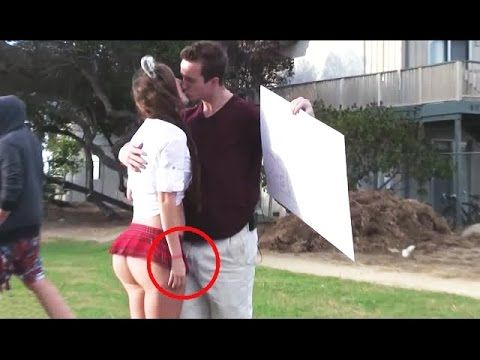 những pha xử lý hay Top 5 Kissing Pranks 2016 - Best Kissing Prank Compilation - http://cliplmht.us/2017/04/10/nhung-pha-xu-ly-hay-top-5-kissing-pranks-2016-best-kissing-prank-compilation/