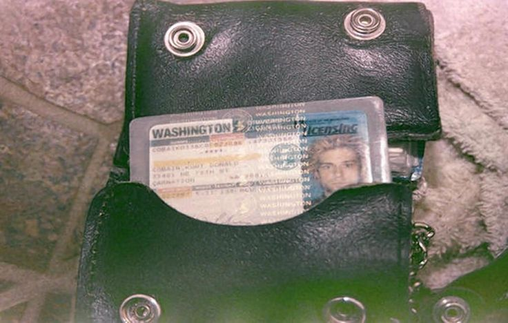 Cobain's driver's license was inside his wallet at the site of the suicide.