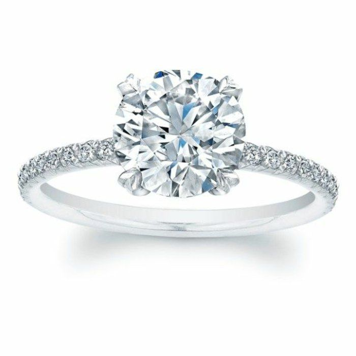 bague fiançaille avec diamants cartier
