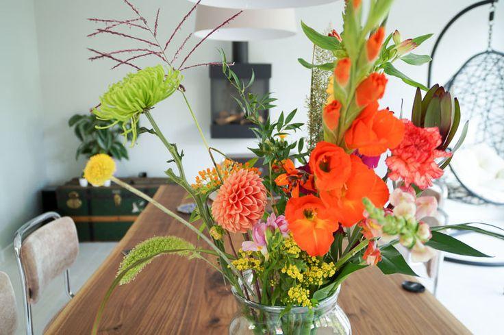Hoe houd je je bloemen langer vers? 11 tips! http://dejlig.nl/bloemen-langer-vers/