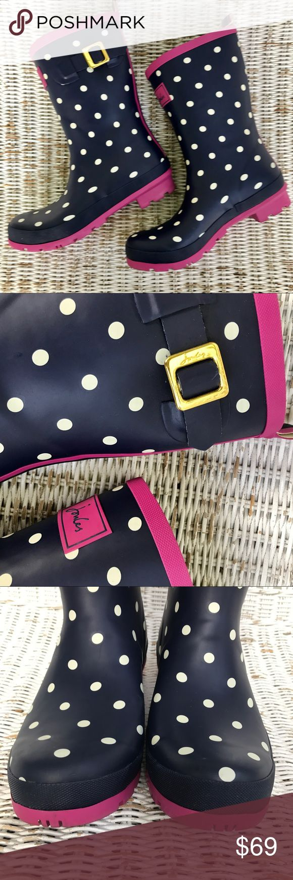 ✂️EUC || JOULES || 'Molly Welly' Navy blue wellies with cute white polka dots and pink accents. The perfect boots for a rainy / snowy day!!! Very sturdy and well-made. ▪️Only worn once or twice ▪️Excellent condition -- only signs of wear on bottom of soles ▪️UK SIZE 7 || US SIZE 9 Joules Shoes Winter & Rain Boots