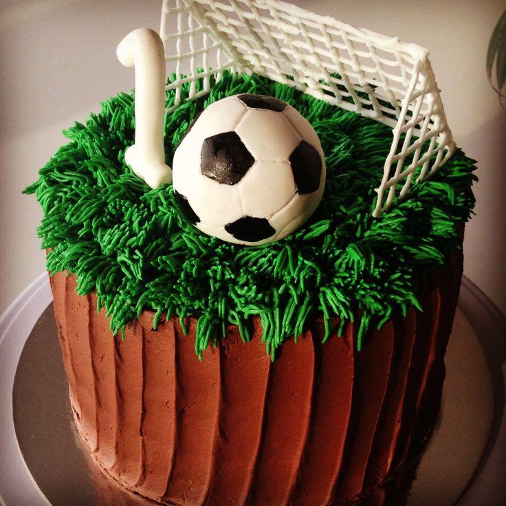 Soccer cake for 10th birthday.